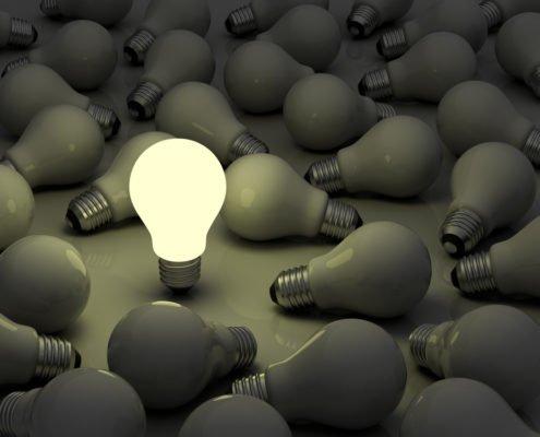 De 3 belangrijkste stappen bij de ontwikkeling van authentiek leiderschap met de CARE, DARE & SHARE methodiek van Leid met Lef
